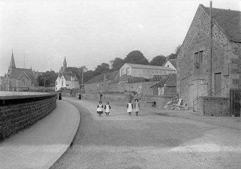 Boat Road 1900s