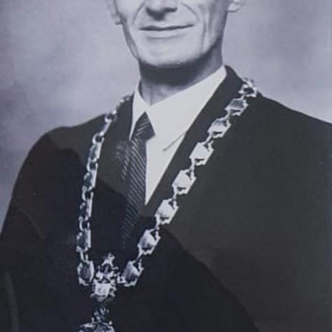 Frank H Fairweather 1940 - 1943