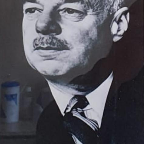 J Douglas Lawson 1950 - 1952