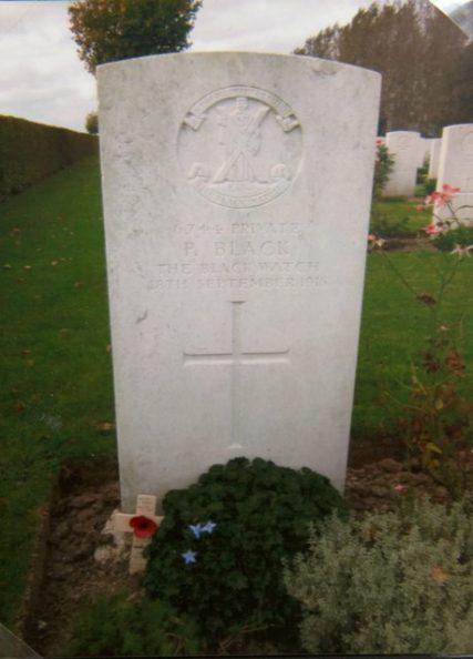Grave of Peter Black, Les Trois Arbres Cemetery