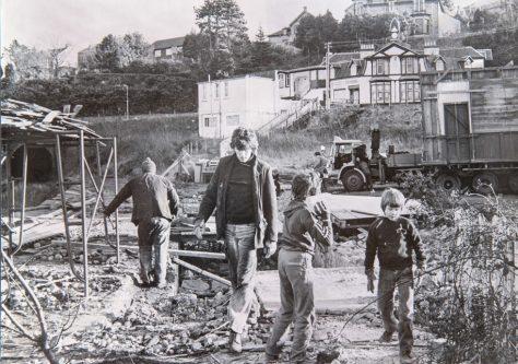 Dismantling Wormit Station