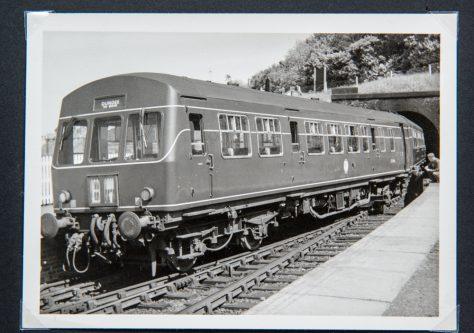 Diesel at Wormit Station