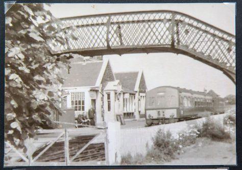 Diesel Train at East Newport Station