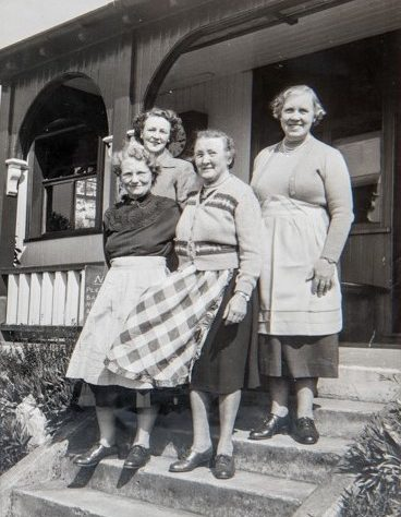 Wormit Tea Ladies at Old Clubhouse