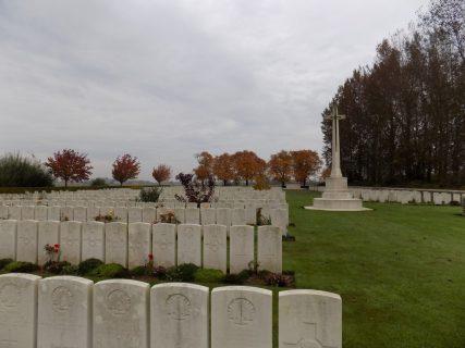 Les Trois Arbres Cemetery