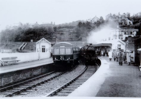 Steam and Diesel at Wormit Station