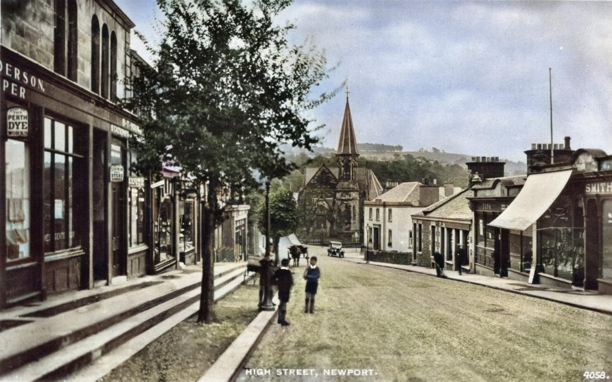 Postcard: Looking Down High Street c. 1920