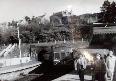 Diesel Train at Wormit Station