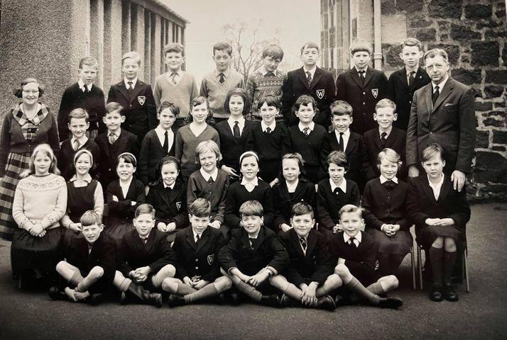 Wormit School Group 1964