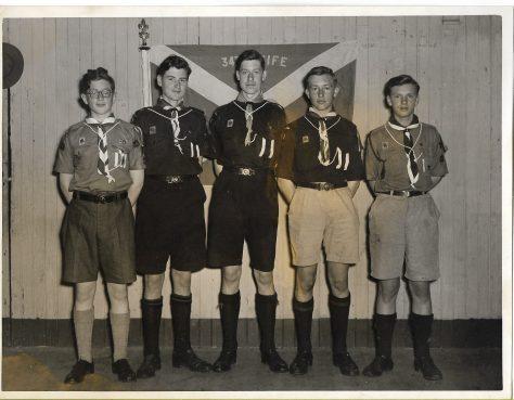 1st Newport Queen's Scouts 1954